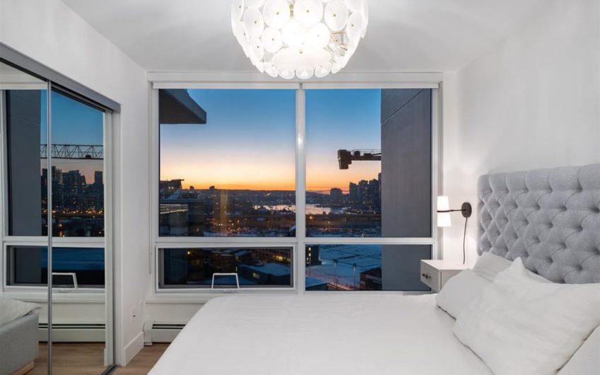 Modern stunning view apartment